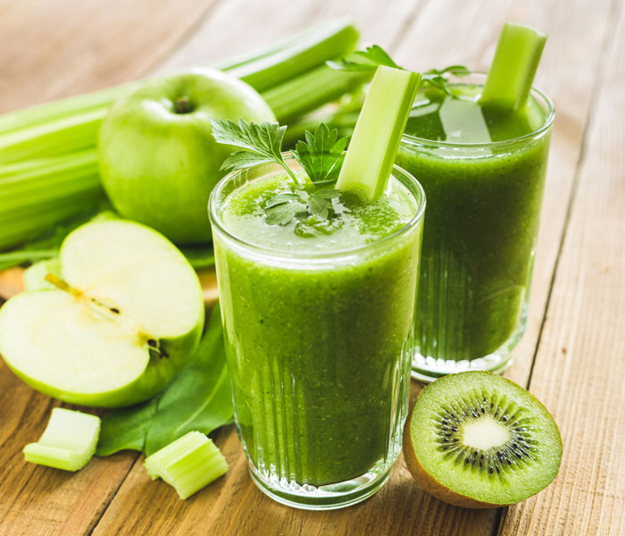 Grüne Smoothies zum schlanken Bauch