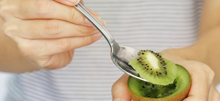 Kiwi bon ton! Come si mangia?