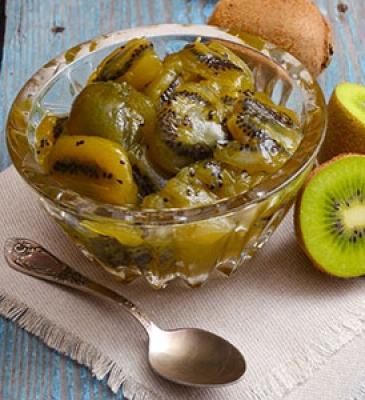 Composta fresca di kiwi all'erba cedrina e Robiola