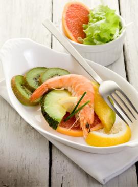 Shrimps and fruit salad