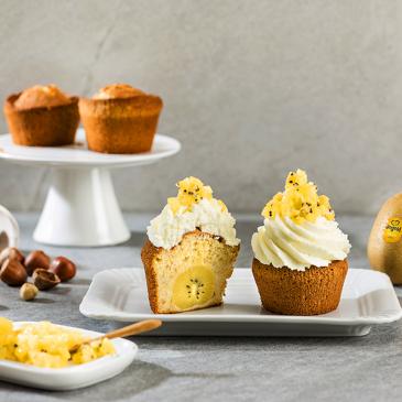 Hazelnut and kiwi vegan cupcakes