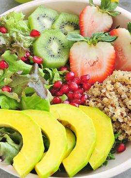 Kiwi-Quinoa-Salat