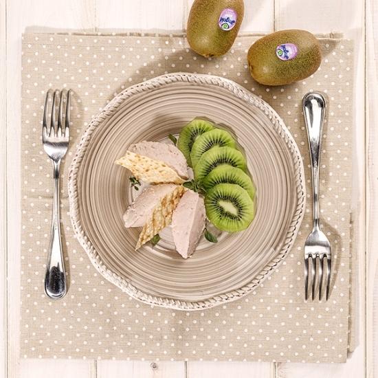 Mousse di kiwi e prosciutto