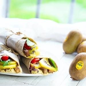 Wrap super proteici ai kiwi gialli